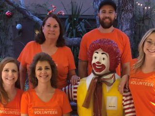 U-Haul-iday Dinnertime Heroes at Ronald McDonald House